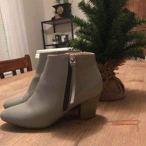 Grey ankle boot